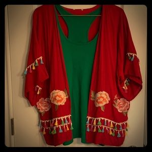 🌸🌺 fiesta cardigan! Light weight.